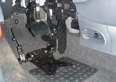 Pedal acelerador lado izquierdo reversible fijado al suelo D908PS
